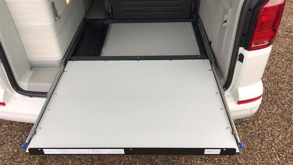 Platarfoma Extraible Maletero VW T5/6/6.1 California